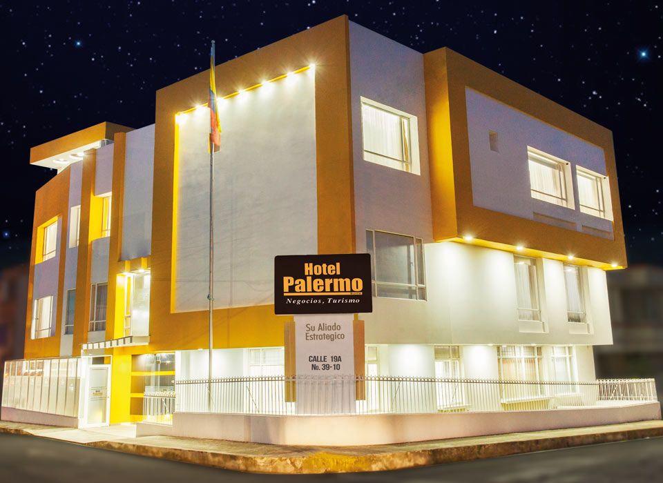 Hotel Palermo Suite - Esquina - Noche