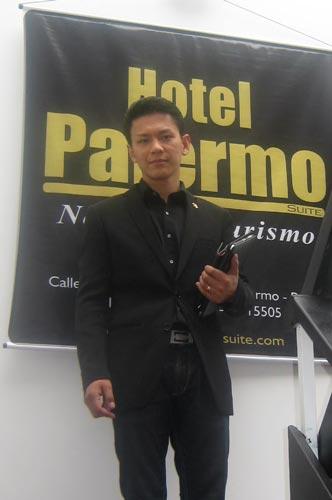 Yokoi Kenji en Pasto - Hotel Palermo
